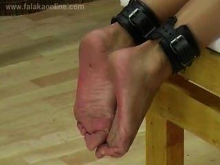 Falaka aos pés quentes