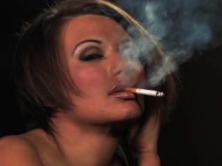 Becky fuma iv