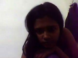 Lk girl webcam show .. asiática