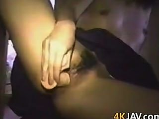 Garota japonesa amadora masturbando