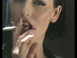 Fumar sexy no látex