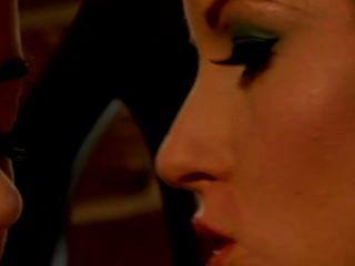 Nikki rhodes e taylor vixen lésbica toe línguas babes