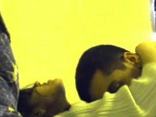 Odisha menina shruti sexo com seu amigo muçulmano