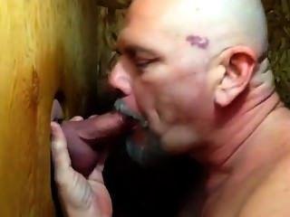\|Beijar|deepthroat|blowjob|heommade|erótico|sexy|gloryhole|dick sucking|barba|anel do galo|urso polar|andorinha|Rrr|boquete|gay|urso|Rrr|