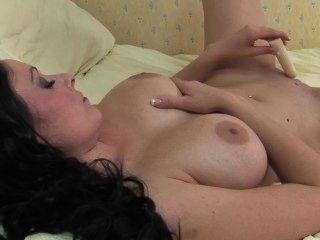Hot milf mostra sua boceta molhada