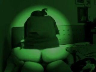 Cgs cam escondido equitação no escuro