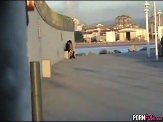 Louco horny adolescentes fuck em público