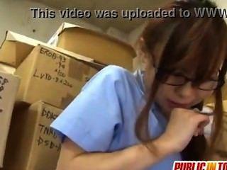 Adolescente sexy fode um cara japão adult.com/pornh