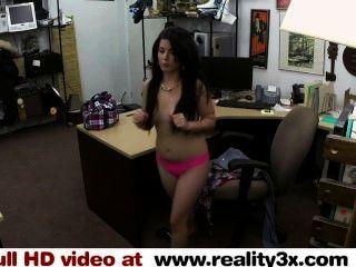 Sexo real do spycam fodendo um pintainho cubano para sua tevê reality3x.com