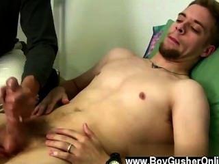 Hot gay sean é uma estrela pornô que teve uma diminuição break de tiro