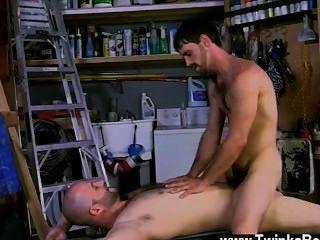 Hot gay joe é um homem de verdade, e david definitivamente sai em que