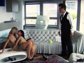 Magma filme lesbian asiática e busty loira alemã babes lambendo bichano