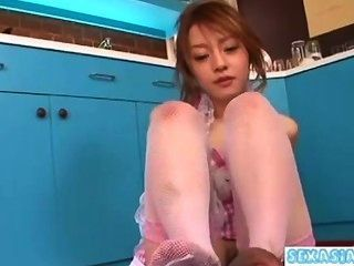 Jovem, asiático, menina, obtendo, dela, peludo, buceta, lamber, dar, handjob, chupar, galo