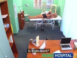 Fakehospital claustrophobic sexy russian loira parecem amar lindo enfermeira
