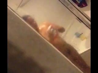 Espionagem em gf no chuveiro