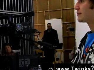 Filme de twink este é um clipe de behind the scenes de nate kennedy e tyler