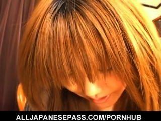 Blonde yu aizawa está em um bom tempo