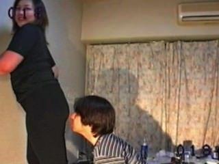 Meninas farting 6