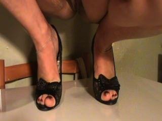 Meus pés amadurecem minha esposa em sapatos