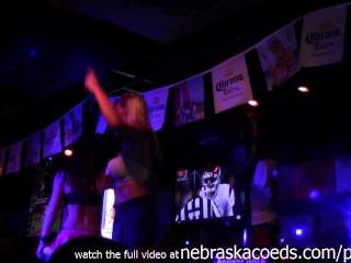 Fantasia fest 2014 vídeo caseiro de meninas ficando nu em público
