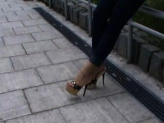 Tamancos de plataforma de salto alto