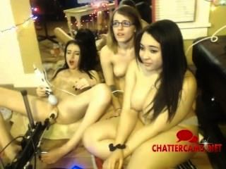 Três adolescentes e máquina de bombeamento pussy