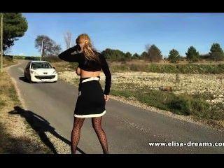 Sexy e nu na estrada