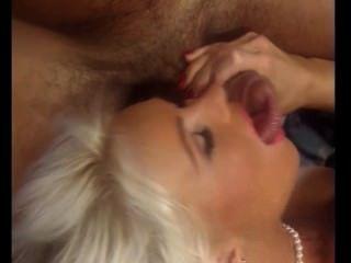 Quente linda loira dutch milf leva 100 ejaculação, helen duval