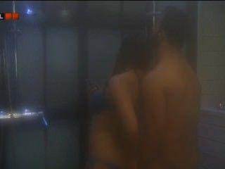 Valog vilag hungria dennis e fanni sexo no chuveiro