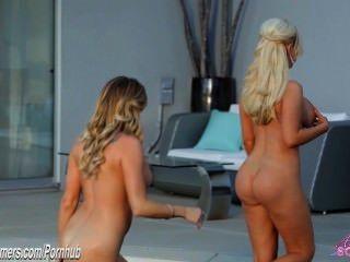 Três bigtit loira hotties comer pussy em lésbica sexy de três vias