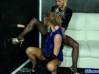 Classy gloryhole lesbos punho e pé divertido sexo