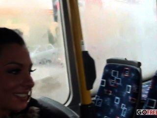 Lindsey olsen burro fodido no ônibus público