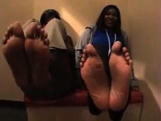 2 pés sexy meninas de ébano, tamanho 10 e meia e tamanho 8 e meia