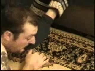 Escravo dominado por hot saudi mistress meias suadas e pés