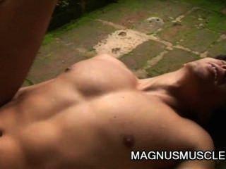 Alex leite e kaike britto latino soldados fodendo anal muscular