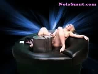 Natalie norton quente loira sexo máquina fodendo