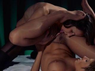 Lesbian strap em hardcore erotica