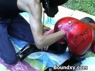 Chick in spandex fetish humilhação cruel