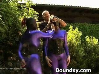 Vagabunda pervertida caned em sexo látex exótico