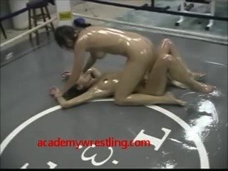 Óleo, wrestling, lésbicas