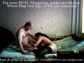 Cara com prostituta na webcam