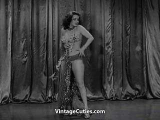 Modelo quente da dança do ventre