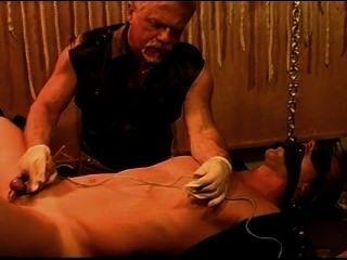 Sondagem simultânea e eletroestimulação nos músculos jovens e quentes.Pt 3