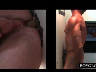 Gloryhole sexo anal com horny straight guy