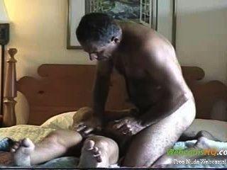 Horniest amador maduro casal fuck e chupar na webcam