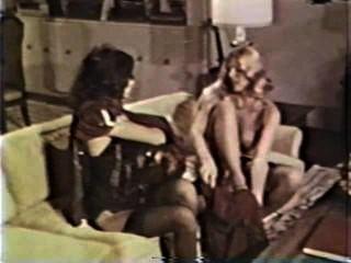 Lesbian peepshow loops 585 70s e 80s cena 3
