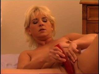 Secrets of horny mature 3 cena 2