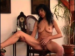 Secrets of horny mature 4 cena 4