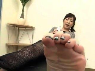 A melhor adoração de pé japonês no mundo