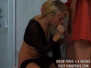 Julie fumando charuto e foda